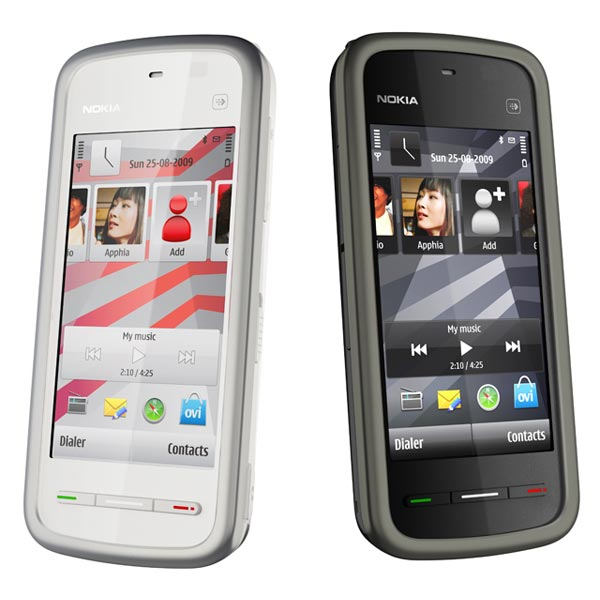 10. Motorola Razr V3 — 130+ million units sold